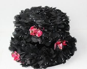 Vintage schwarze Hut mit rosa Blüten voller Petalsand mit Seed Perlen durch Darcel exklusive