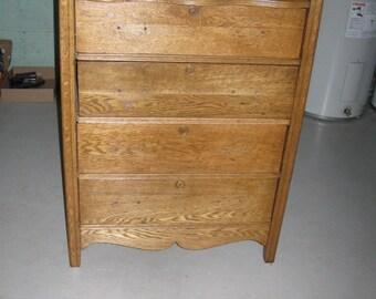 Antique Oak Dresser-5 Drawer