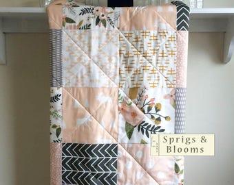Modern Baby Quilt, Girl Baby Blanket, Baby Quilt Handmade, Floral Pastel, Pink Peach Quilt, Crib Quilt, Crib Bedding, Blush Sprigs Blooms