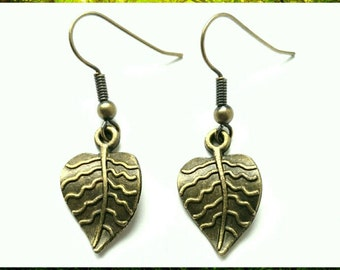 Antique Bronze Little Leaf Earrings // Leaf Gift // Woodland Earrings