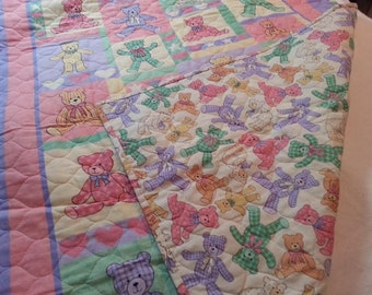 Quilts, Girls quilt, Boys quilt, Kids bedding, Handmade Quilts, Colorful Quilt, Baby Gift Idea, Teddy Bear Quilt