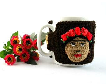 Frida Kahlo mug crochet, Coffee Mug Cozy, Cup in a knitted cover,Coffee Cup Sleeve, Coffee Cozy, Coffee Cup Cozy, Mug Warmer, Coffee Sleeve