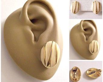 Monet Beige Raised Stripe Clip On Earrings Gold Tone Vintage Oval Disc Buttons