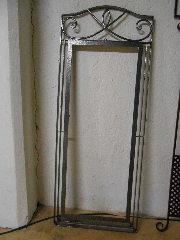 Marco para espejo de hierro forjado a mano en fragua pintado for Marcos para espejos