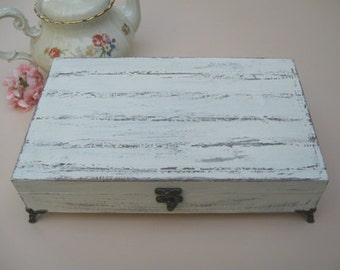 Creamy Tea box Shabby Chic Home Decor / Tea bag box, wooden tea box, tea cabinet