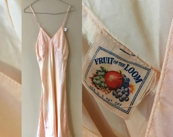 Vintage 40's Fruit of the Loom Peach/Pink Lingerie Rayon #1