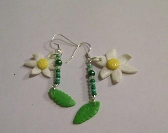 Earrings - Daisy