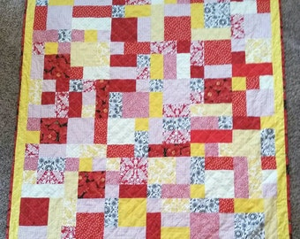 Patchwork Lap Quilt w Fleece Backing. 66 x 48 in. With matching Tote Bag. Made to Order.