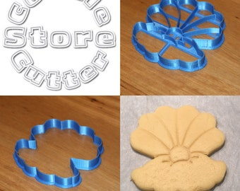 Clam Oyster Mother of Pearl Cookie Cutter - approx 90mm x 90mm with or without internal stamp details. Customisable - just ask!