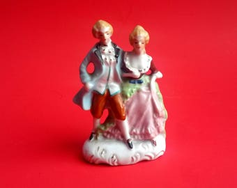 Vintage Colonial Couple Figurine,Courting Couple,Victorian Couple - B4