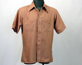 Vintage 70s Men's Shirt / Light Burnt Sienna / Short Sleeves / King's Road /Large / Sears / The Men's Store / Perma-Prest