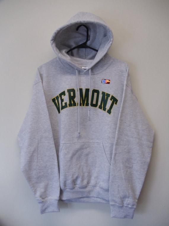 Vermont Arch Sweatshirt on Sports Grey Crew Neck with Green Arch - UVM University of Vermont Crew - VT sweatshirt ub3E8p4fx