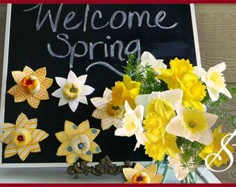 Daffodils: A Daffodil Pincushion Pattern