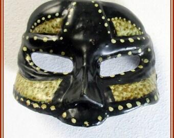 Broche máscara veneciana hecho a mano, pin máscara veneciana pintado mano,broche para chaqueta máscara, broche de carnaval,joyería artesanal