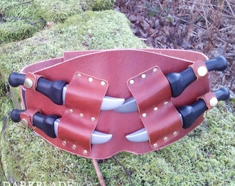 Throwing Knife Belt in Heavy Leather for Larp or Cosplay. Larp Safe Foam Knives included.
