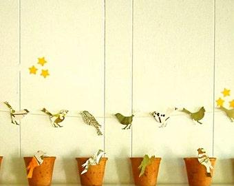 Bird Garland, Nature Birthday,Nature Wedding, Bird Theme,Bird Party, Woodland Wedding, Woodland Fairies, Leaf Pages, EcoFriendly Party Decor