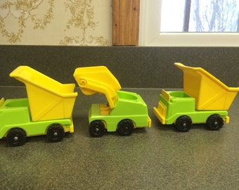 3 Fisher Price Lift N Load Construction Vehicles, Scoop Loader, Dump Truck, Lift N Load Depot,