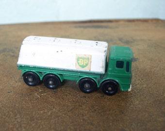 BP Petrol Tanker Vintage Matchbox Series 32 Lesney Made in England– 1960's