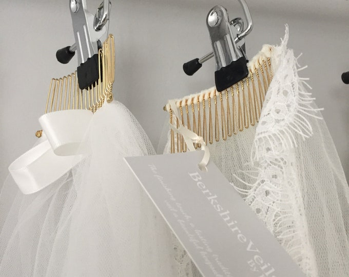 Wedding veil hanger