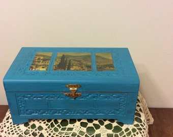 Vintage Chalk-Painted Jewelry Box