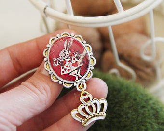 Alice in Wonderland Rabbit Friendship Brooch Keepsake