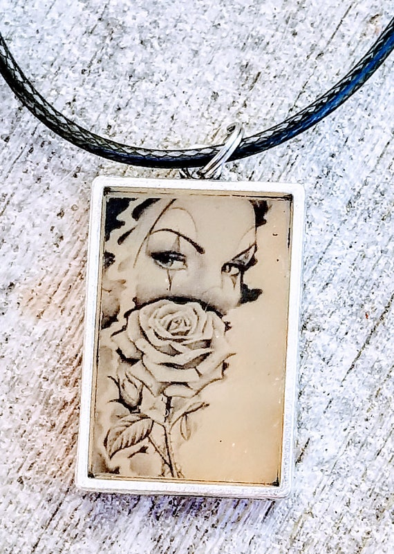 Clown Girl - color changing necklace