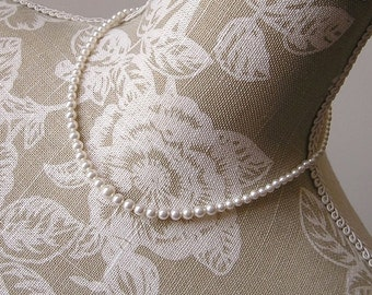 Dainty pearl necklace, custom colours available, bridal necklace, pearl wedding necklace, pearl wedding jewelry, pearl bridal jewellery