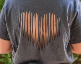 t-shirt broken heart