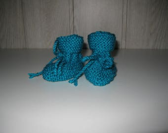 baby booties bottons wool