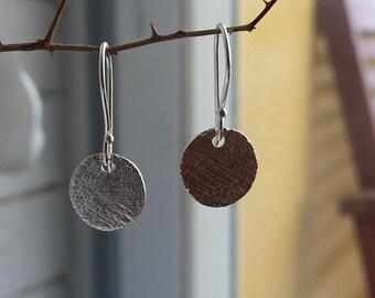 Tiny Sterling Silver Earrings Dangle, Minimalist Small Earrings, Gift for Women, Handmade Silver Jewelry Gift for Her, Silver discs earrings
