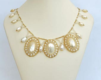 White and gold necklace with Osmina shell Mother of pearl and pearls necklace Bridal necklace Wedding necklace Elegant white necklace N822