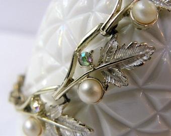 Rhinestone leaf Judy Lee bracelet, Judy-Lee bracelet, rhinestone Judy Lee bracelet, rhinestone leaves bracelet, elegant vintage bracelet