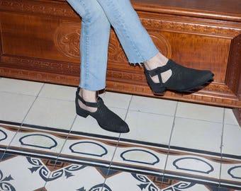 Women's Shoes, Shoes for Women, Womens Shoes, Womens Flats, Flats. Pointed Toe Flats, Rona // Free Shipping
