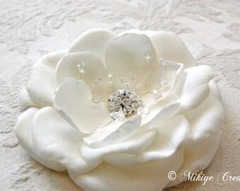 Bridal Accessories, Wedding Hair Clip, Fascinator Bridal Headpiece, Wedding Accessories - Sparkling Sarah 4.5