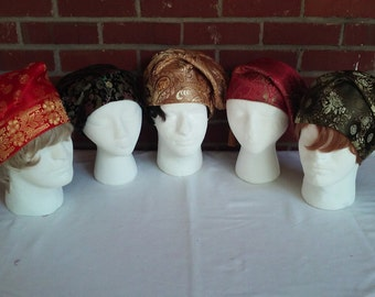 Gentlemen's brocade sleeping caps in six colors