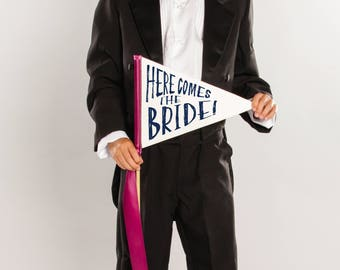 Here Comes The Bride Pennant Flag Wedding Sign   Ring Bearer Flower Girl Page Boy 1746 SPW