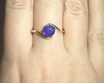 1 Carat Natural Blue Sapphire 14K Gold Ring