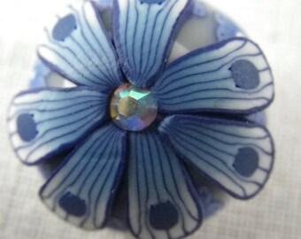 Bouton pression fleur bleue