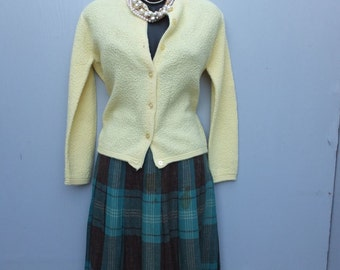 Vintage 1950s Wool Plaid Pleated Skirt by Koret of California / waist 24