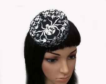Gothic Pillbox Hat Mini Silver Metallic Spider Retro Goth