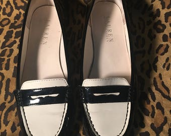 Black white shiny patent leather loafers womens 8.5 vintage Ralph Lauren