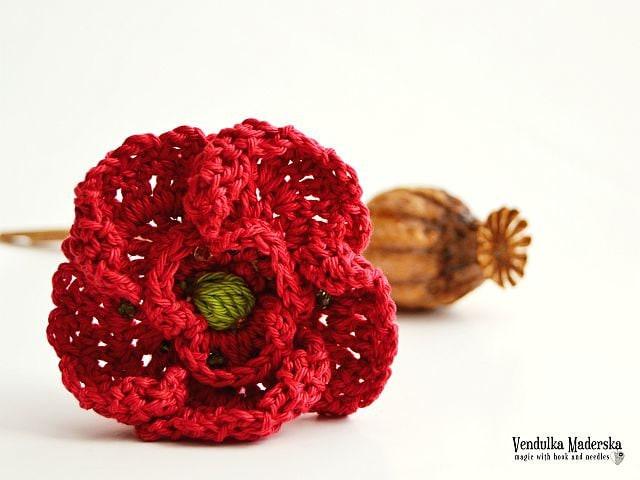 Crochet poppy flower - brooch - pattern, DIY from VendulkaM on Etsy ...