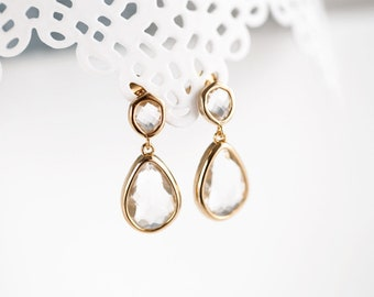 Gold bridesmaid earrings White crystal earrings Teardrop earrings Bridesmaid earrings Teardrop earrings gold Bridesmaid gift earrings 783