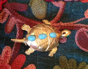 Vintage Pell Turtle Pin Brooch.