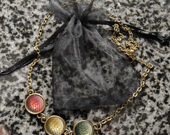 Game of Thrones dragon egg necklace – Daenerys Targaryen – Viserion – Rhaegal – Drogon – mother of dragons – cosplay jewelry / jewellery