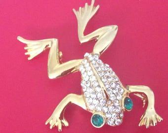 Frog pin - charming