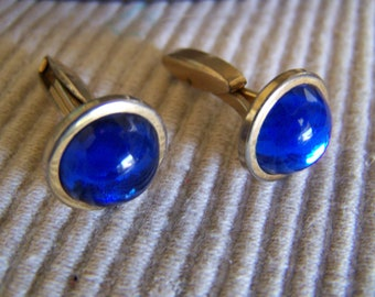 """Vintage 40's """"HADLEY CABOCHON CUFF LiNKS""""  Royal Blue Lucite Moonstone"""