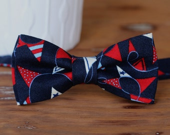 Mens navy blue bow tie, men's blue red white pennant flag cotton bow tie, patriotic bow tie, mens nautical bow tie, Independence Day tie
