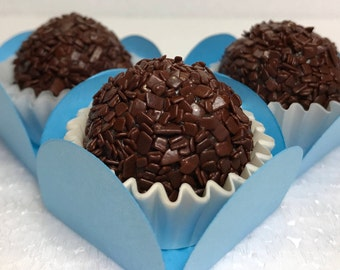 32x Dark Chocolate Brigadeiro truffles made with Belgian Chocolate, Brazilian Truffles – Delicious Edible Gifts