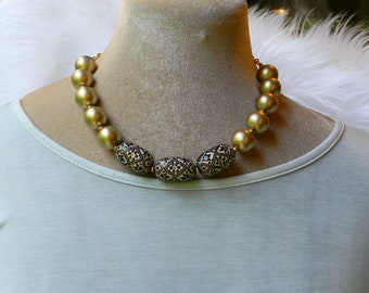Black Gold / Statement Necklace / Bead Necklace / Chunky Necklace / Big Necklace / Beaded Necklace / Bib Necklace / Choker Necklace / Choker